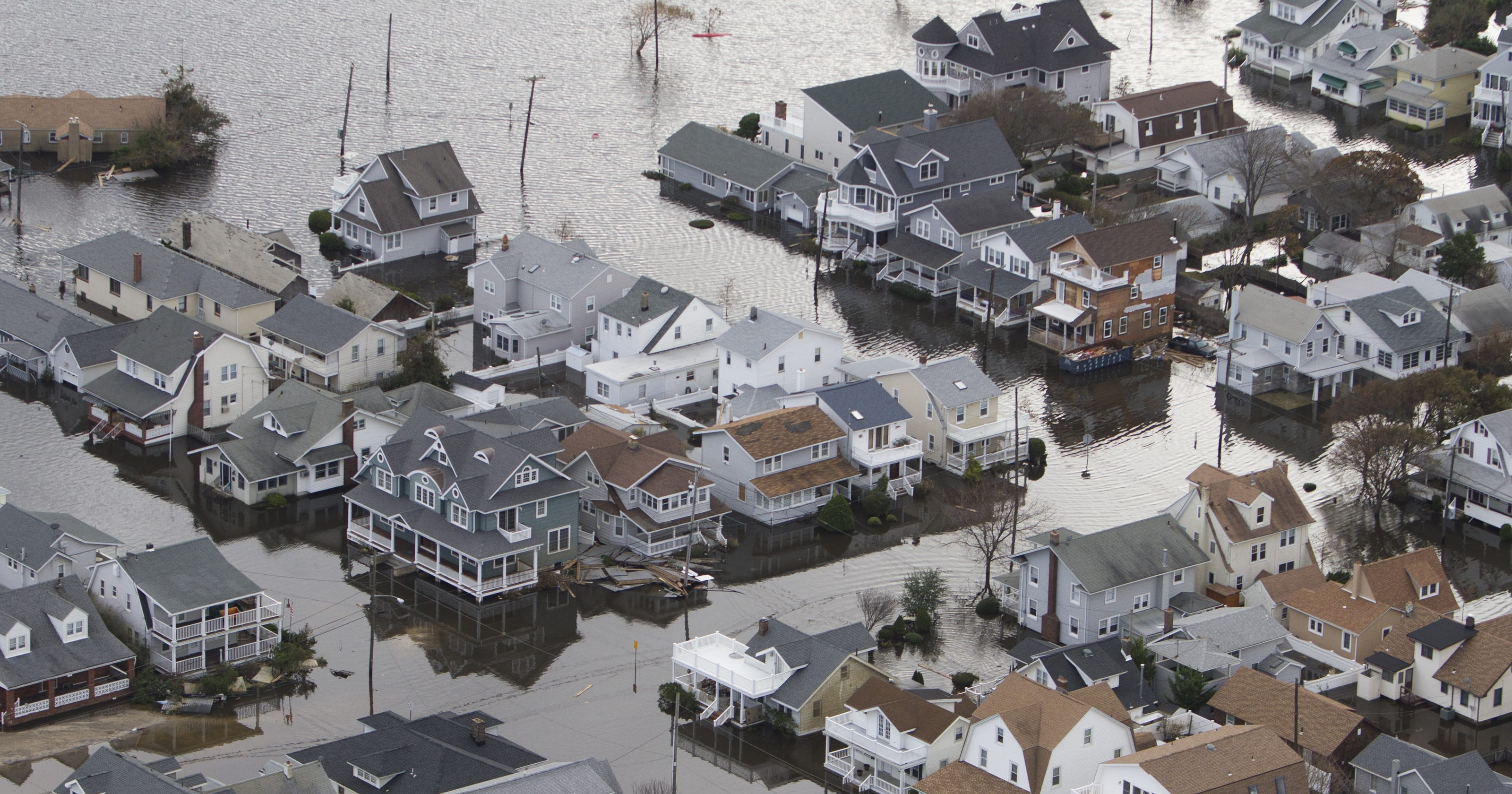 society after the hurricane sandy catastrophe in the united states Making sandy the second-costliest cyclone to hit the united states since 1900 1   regained hurricane strength by 1200 utc 27 october when the center was   only one tornado was reported in association with sandy, an f-0 (winds between  73-112  in fact, the extent of catastrophic damage along the.