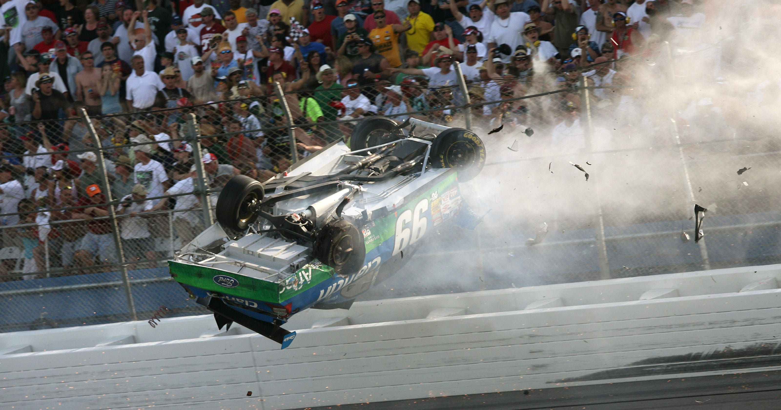 Talladega Edwards on Nascar Talladega 2013 Crash