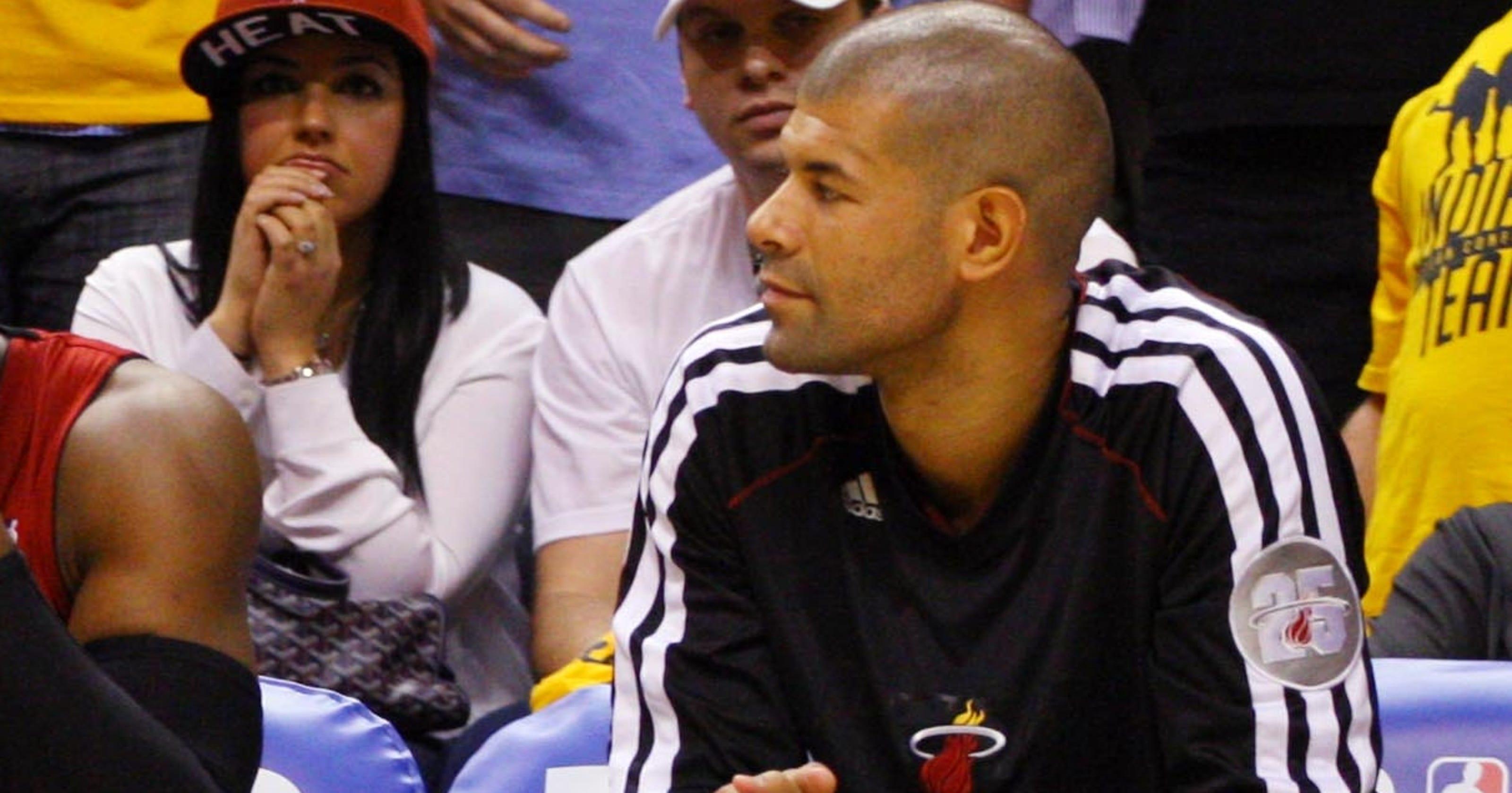 Miami Heat's Shane Battier addresses DNP his own way