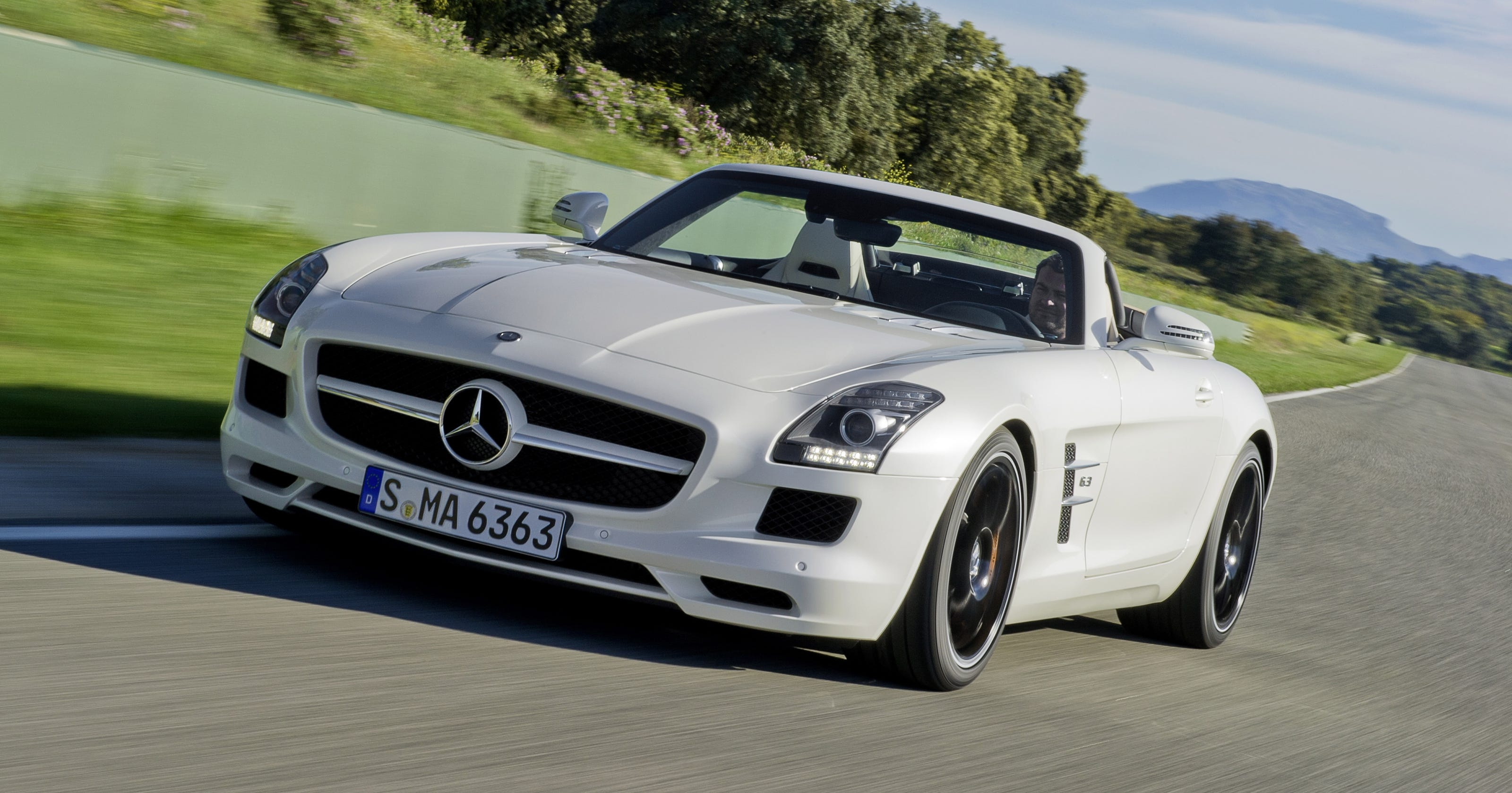 mercedes benz sls amg usa with 1652735 on 2017 Mercedes Amg Gt R Green Masterpiece besides Detail 2018 Mercedes benz Amg gt Amg gt s coupe New 17282669 furthermore 2009 04 01 archive likewise Mercedes Benz 300 SL also Gallery Detail.