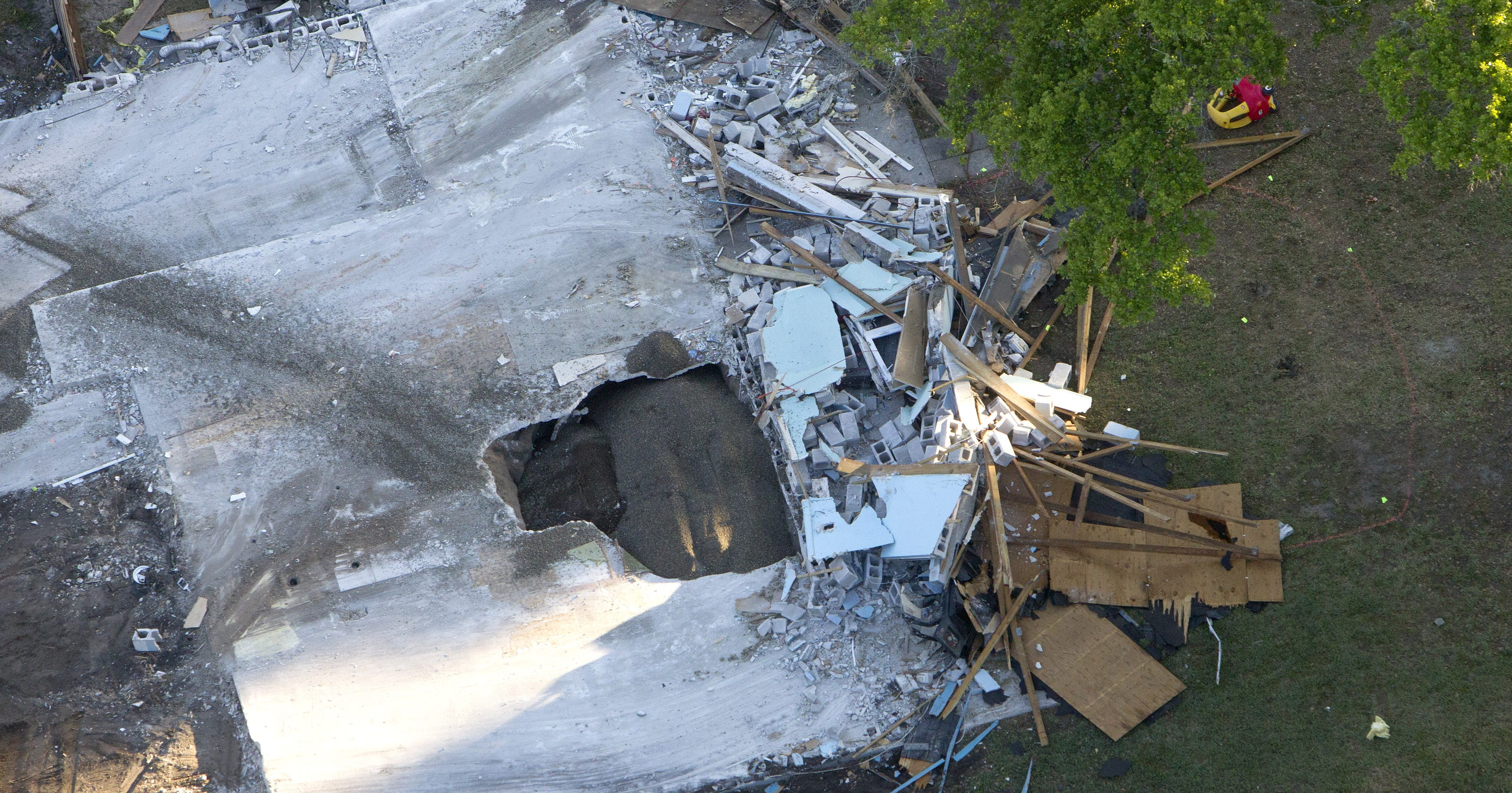 Fla Home Swallowed By Sinkhole Had Passed Inspection