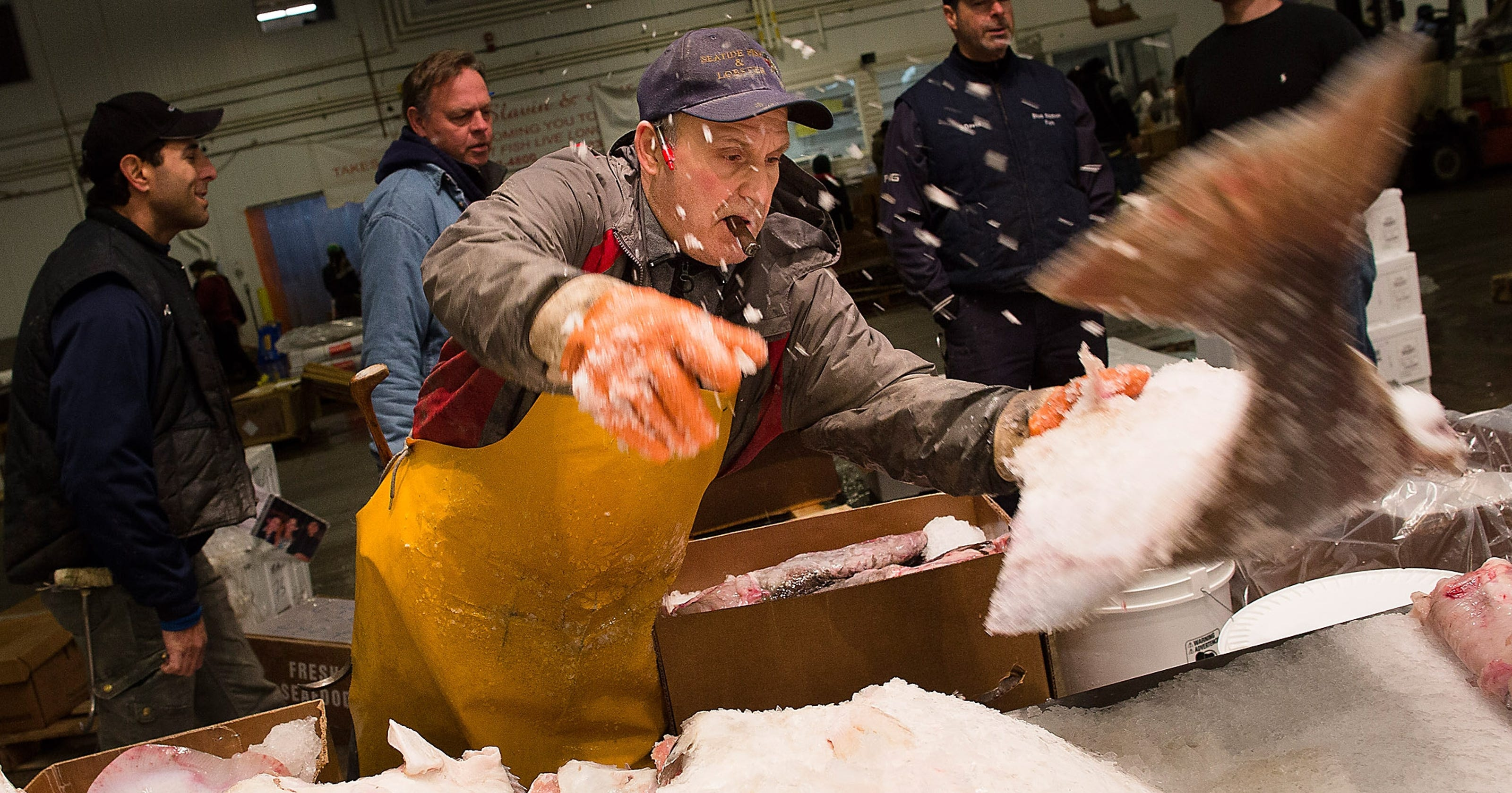 Making a deal at the new fulton fish market for Best fish market nyc