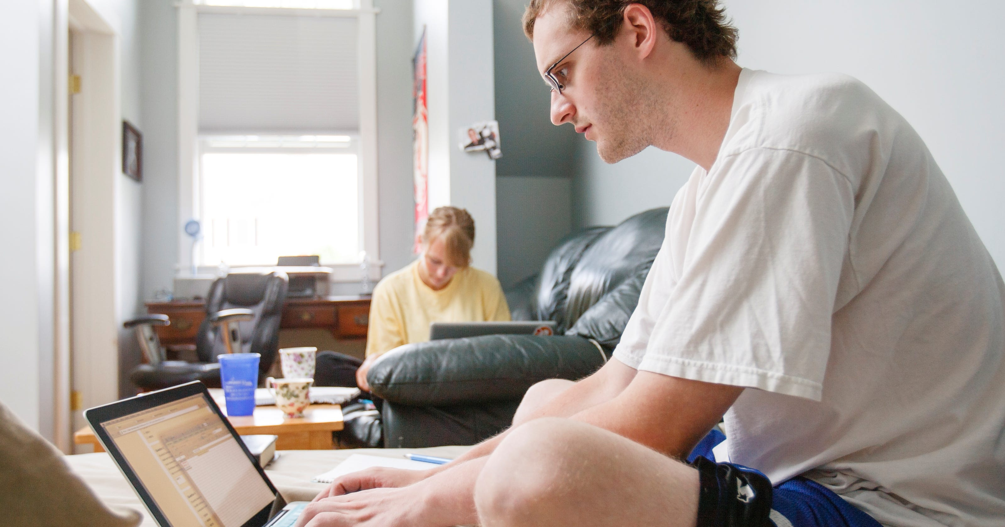 study students prefer real classrooms over virtual