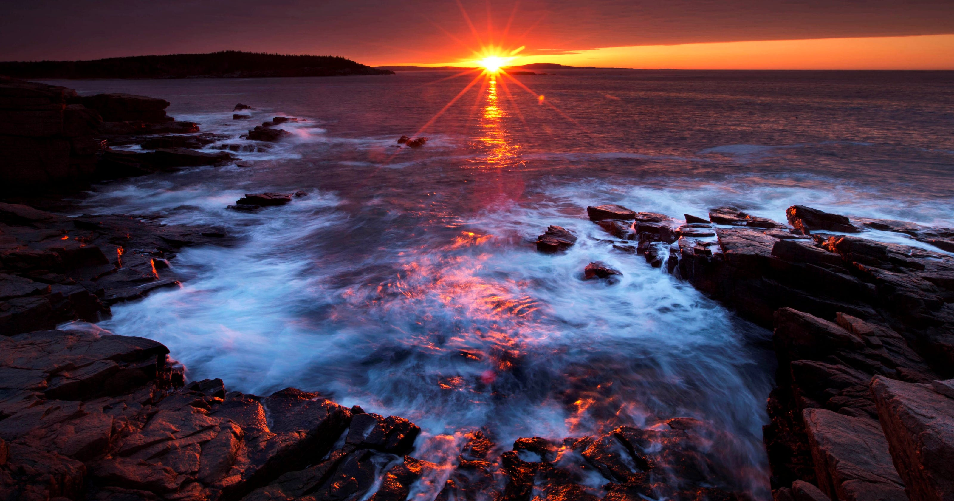 Acadia National Park First Sight Of The Sunrise In The Usa