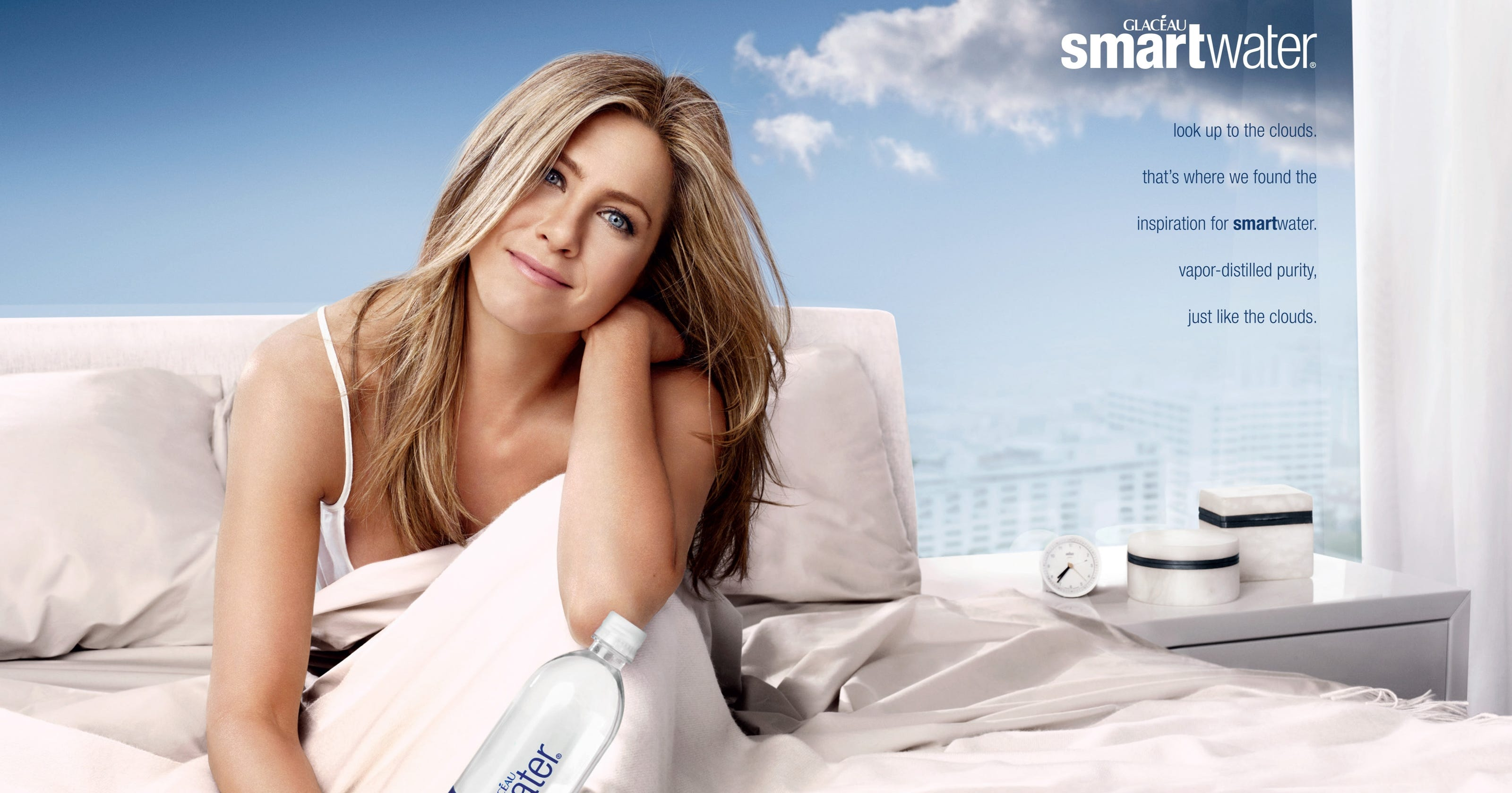 Jennifer Aniston Gets In Bed With Smartwater