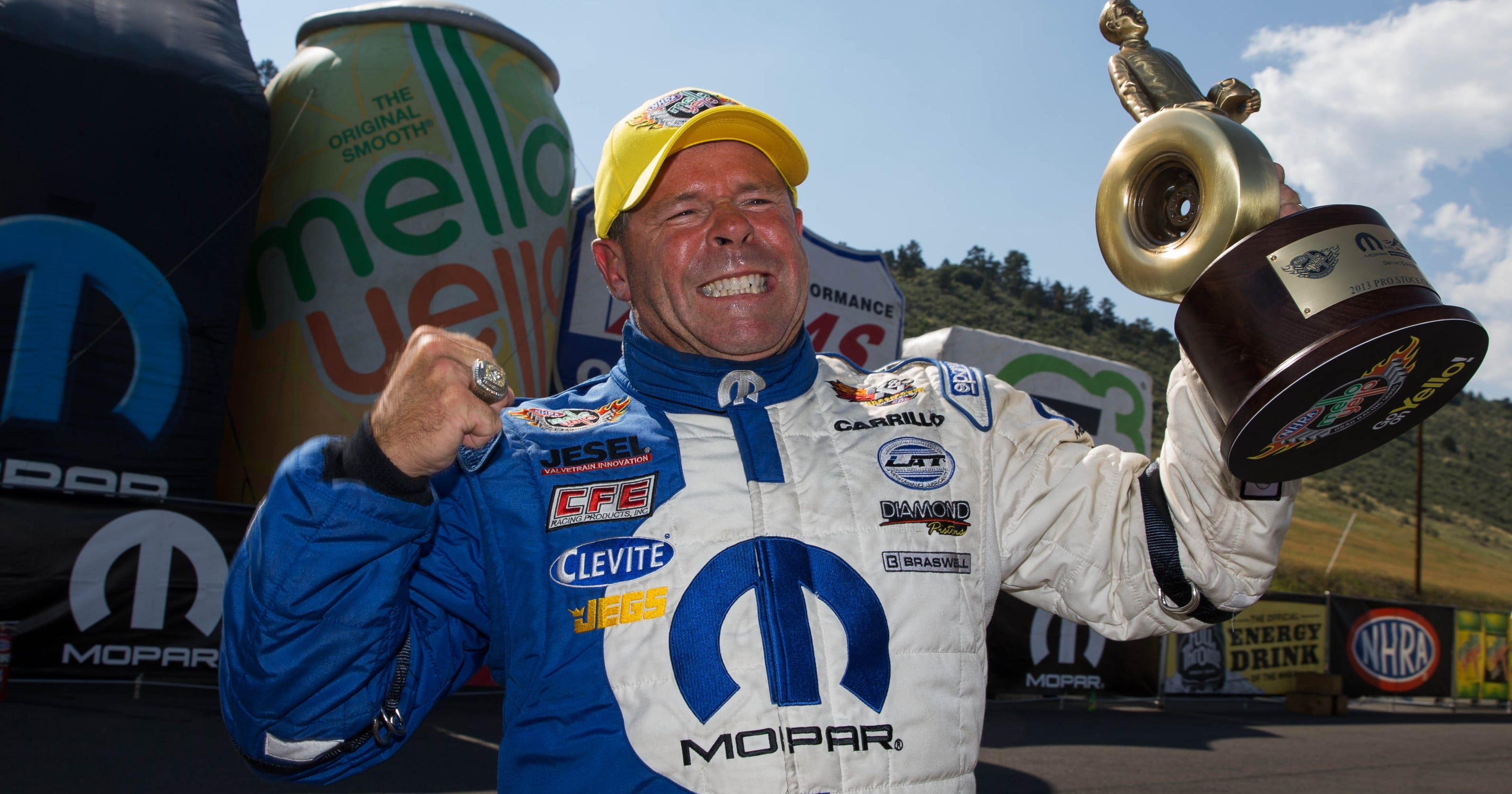 Allen johnson wins pro stock at denver for fifth time for Motor city pawn shop on east 8 mile