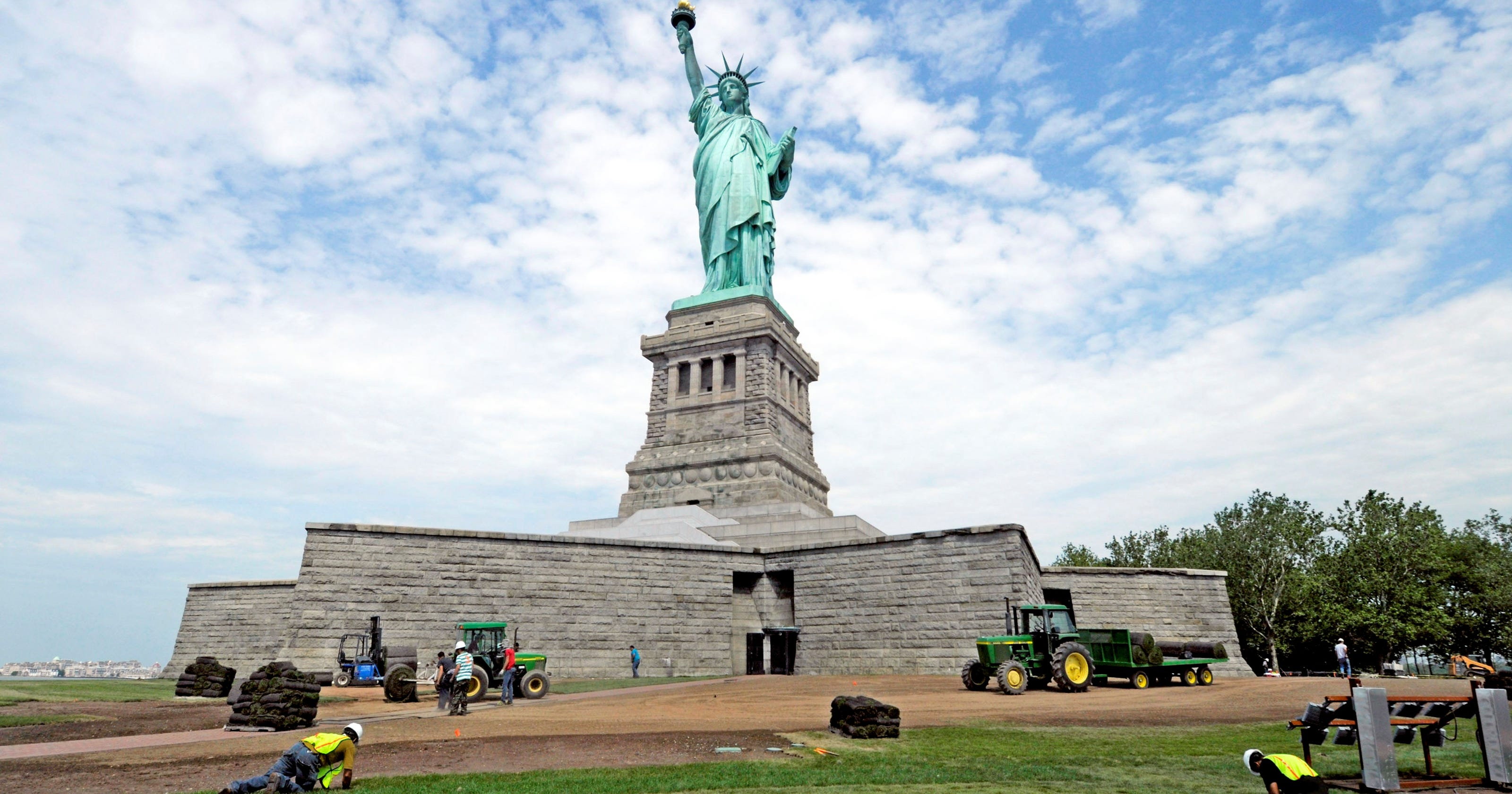 statute of liberty land flooded by superstorm  but now set