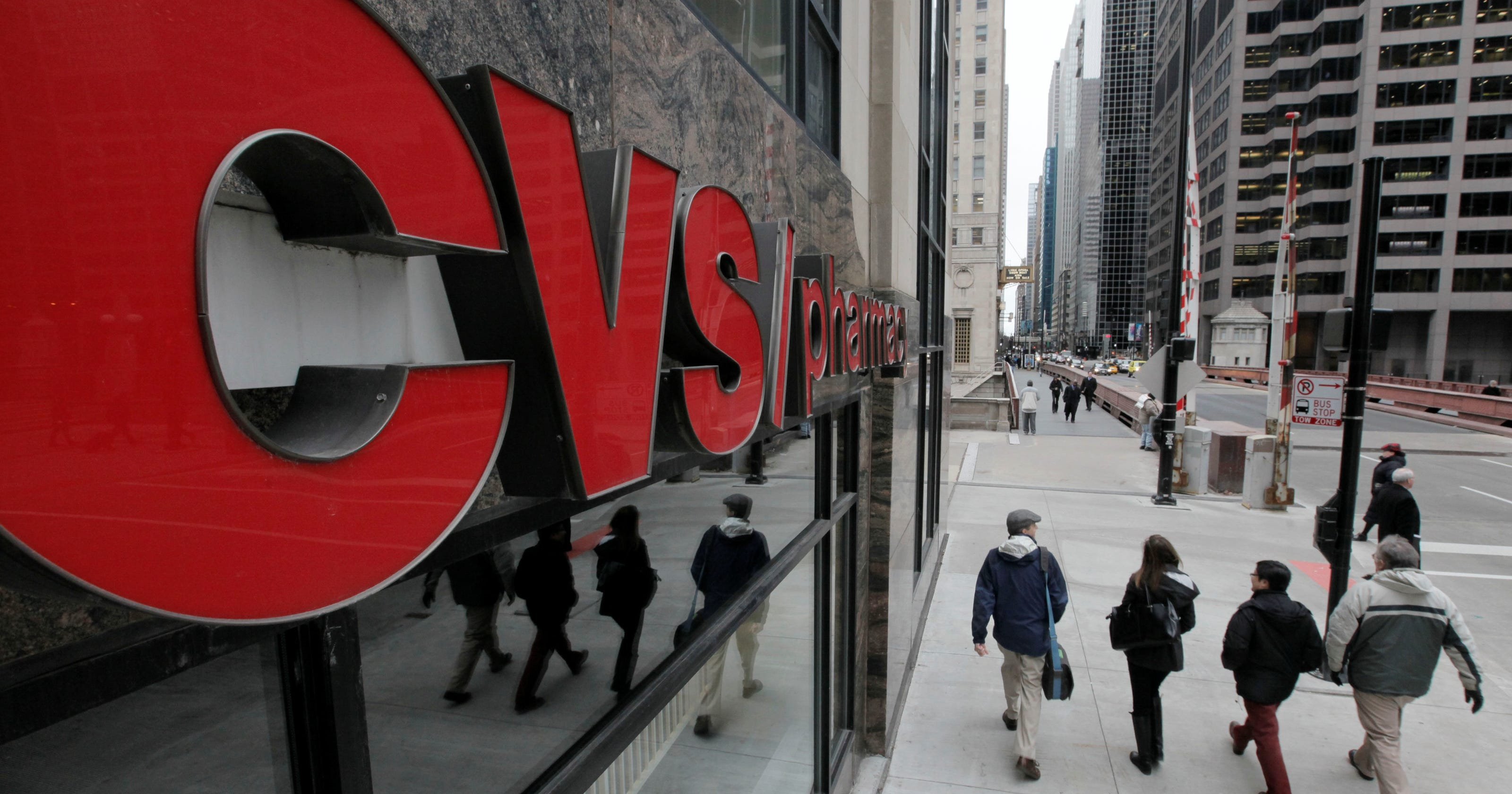 cvs caremark to stop selling tobacco products
