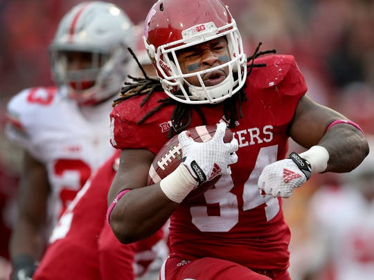 Indiana running back Devine Redding (34) runs in for an 11-yard touchdown in the third quarter of the game against Ohio State.
