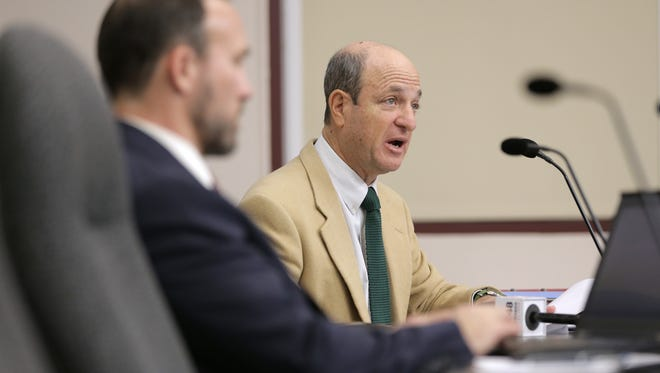 Stuart Schwartz, right, is chairman of the city's Ethics Review Commission, which is being assisted by Austin attorney Ross Fischer, left, in an investigation of City Manager Tommy Gonzalez.