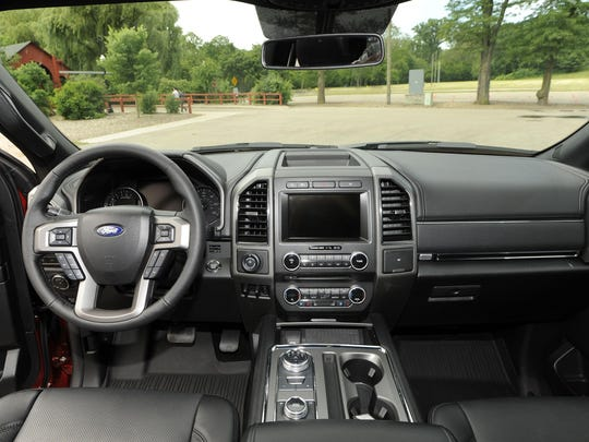 Interior of the Ford Expedition XLT.