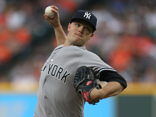 Yankees starting pitcher Sonny Gray pitches against