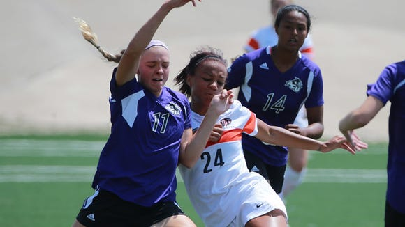 UTEP's Aleah Davis, right,is a key player for the Miners,