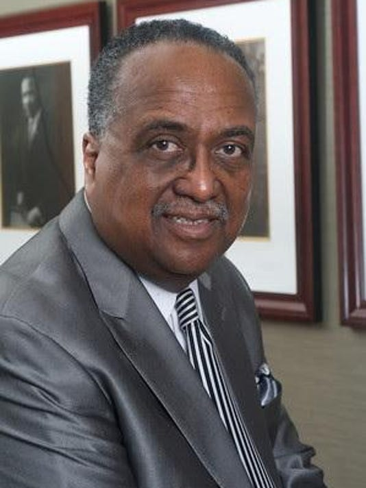 Dr. Steele photo 3