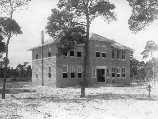 1011-Stuart-schoolhouse-1909-Penhale-002-.jpg