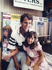 In 1990, Brown was joined by his daughters, Emily, then 9, and Elizabeth, then 6, to attempt woo potential voters at the Richland County Fair.
