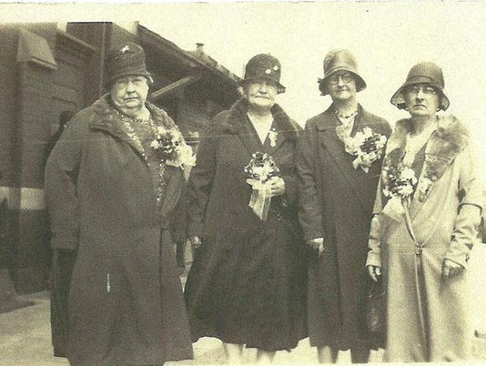 636494512661550716-Mary-Roney-on-left-other-woman-unidentified-but-probably-Mary-Swingle-....jpg