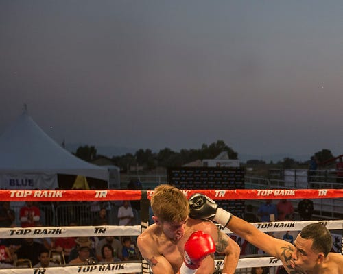 Reno's Alec McGee, right, fights Las Vegas' Sergio