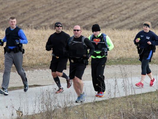 Possible Lead Pix Training for Marathon - cops0410_gck-04.JPG
