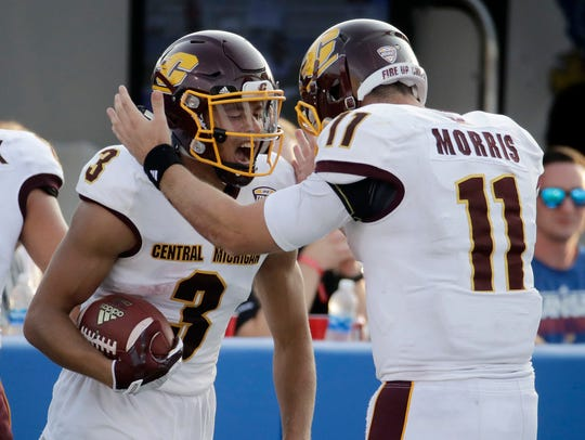 Central Michigan receiver Mark Chapman celebrates with