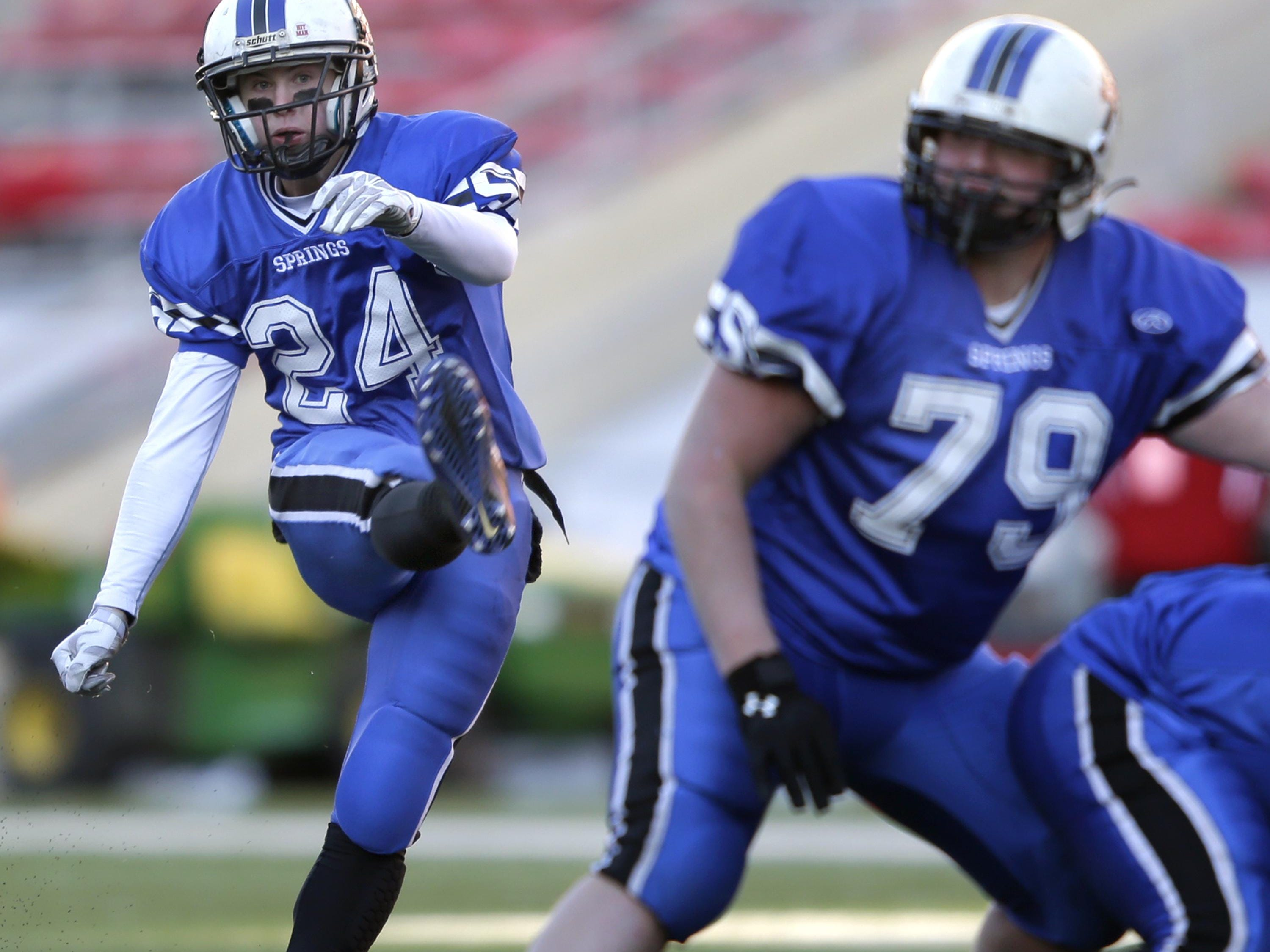 St. Mary's Springs' Zach Hintze kicks a field goal during the WIAA Division 6 state title game last November in Madison.