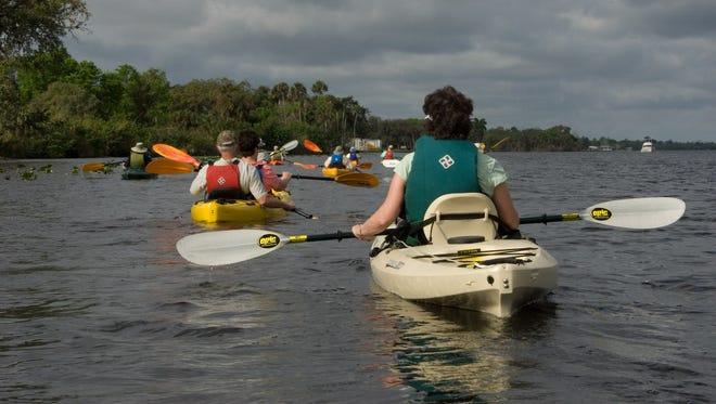 Take a two-hour oxbow kayak tour for paddlers.