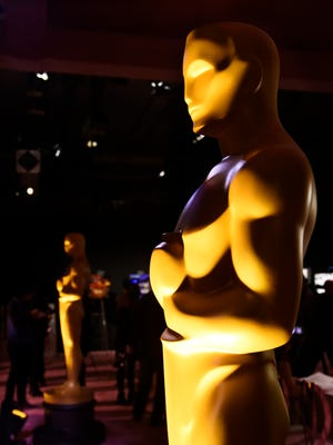 Actors and others emphasizing things far afield from their crafts hurt the Academy Awards broadcast, a Desert Sun reader suggests.