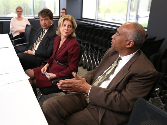 State Sen. George Latimer, left, Assemblywoman Shelley Mayer and Assemblyman Gary Pretlow discuss a bill in May 2016 that would begin the rebuilding of the Yonkers schools with The Journal News editorial board.