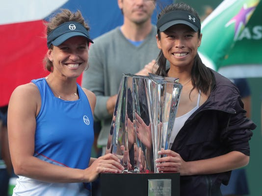 636569161632023401-womens-doubles-final001.jpg