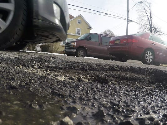 Andrew Cuomo rejects 'pothole portal' website, for now