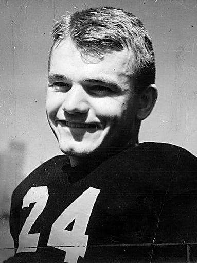 1939 photo of Iowa Hawkeyes football star and Heisman