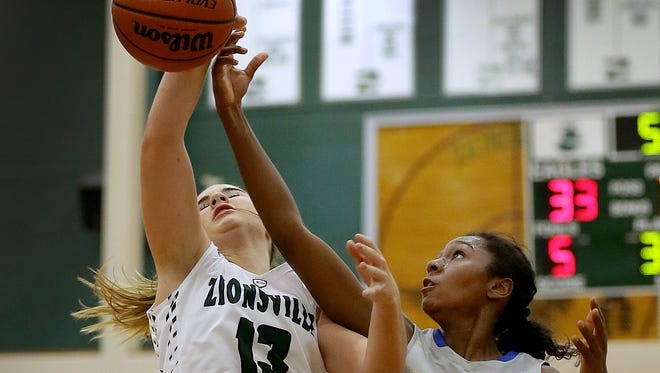 Zionsville's Gabby Woodworth played just four games this season before tearing her ACL.