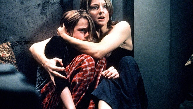 """Kristin Stewart, left, starred with Jodie Foster in """"Panic Room."""""""