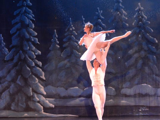 Nutcracker-snow-dancers