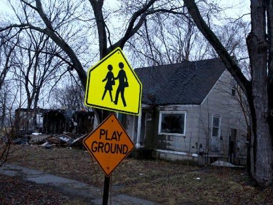 SafeSchools_033115_ES09[2].jpg