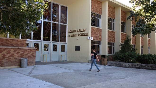 An incoming freshman entering South Salem High School.