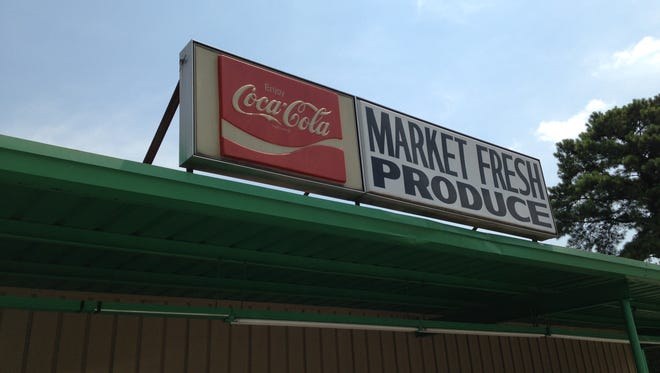 Market Fresh Produce is closing after 43 years in business.
