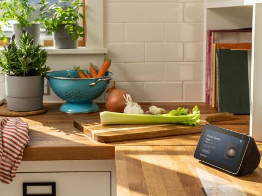 Homebuyers who use Amazon and Realogy's new TurnKey homebuying program will get a free Echo Show among other complimentary products when they close.