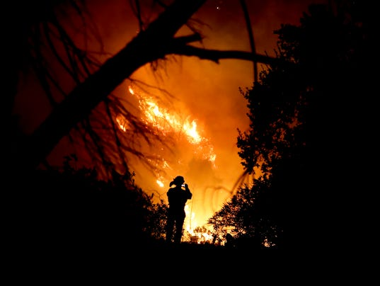 Thomas fire in California grows more erratic