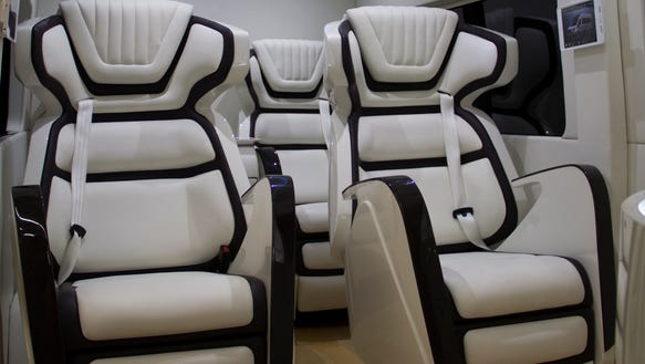 FordSkylinerTransitConceptinterior