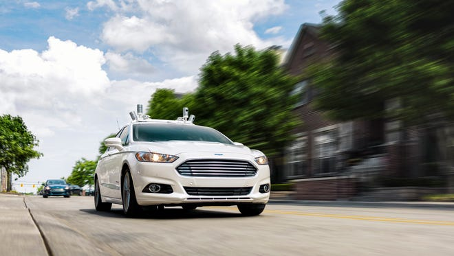 Ford will make a driverless car for ride-sharing purposes by 2021, using its Ford Fusion Hybrid.