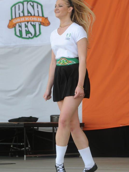 635689489075051792-OSH-0601-Irish-Fest-12-AJ