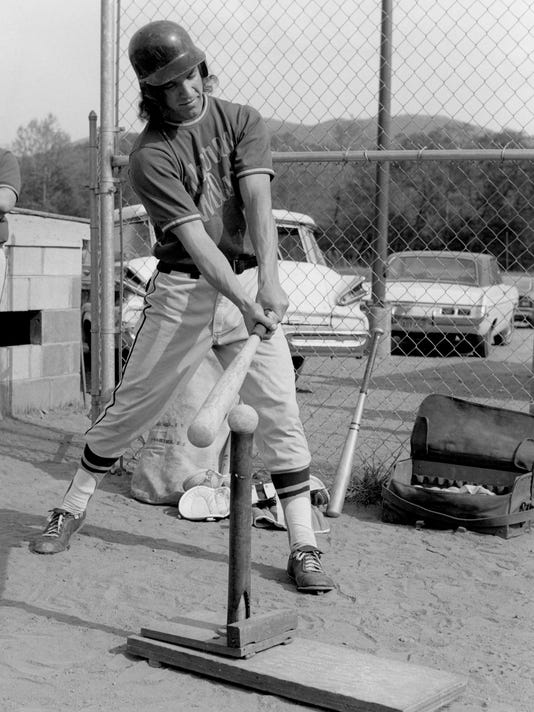 BMN 030917 WWC baseball