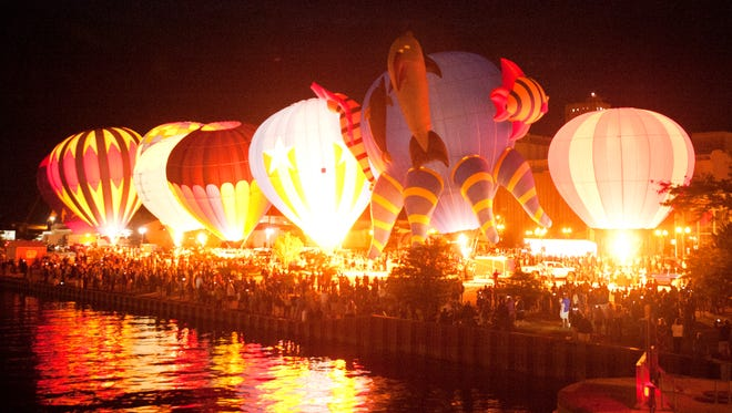 Fox Communities Credit Union is title sponsor for the annual Lakeshore Balloon Glow in Manitowoc. (File/USA TODAY NETWORK-Wisconsin)