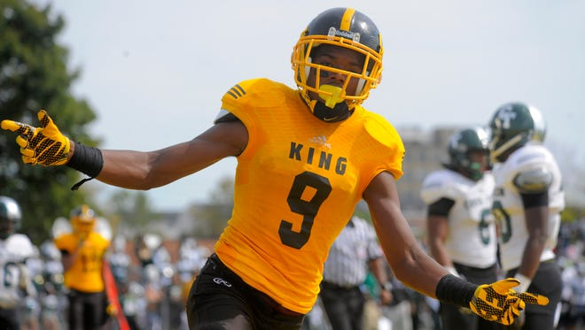 Detroit King star Donnie Corley committed to Michigan State on Saturday.