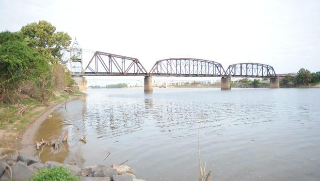 Red River - October, 2015.