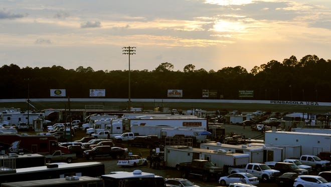 The light of a 50th anniversary season begins Sunday at Five Flags Speedway with a rare Sunday race event.