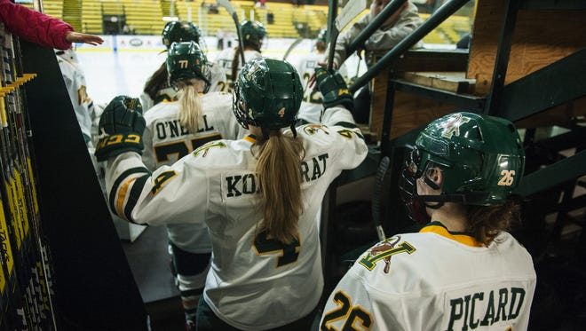 Vermont takes the ice at the start of the third period during the women's hockey game between the Yale Bulldogs and the Vermont Catamounts at Gutterson Fieldhouse on Saturday.