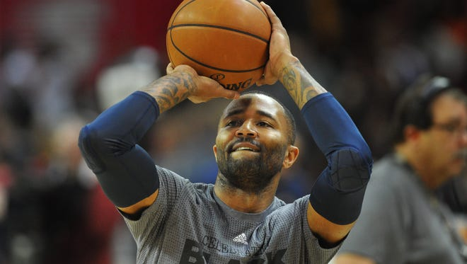 Mo Williams, a Jackson native who played at Murrah, has been on four different NBA rosters this year despite announcing his retirement from basketball before the season began.