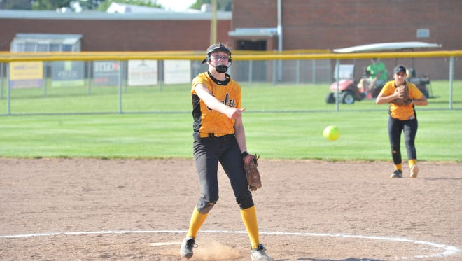 Sydney Studer threw 13 strikeouts against Edison in the district semifinal.